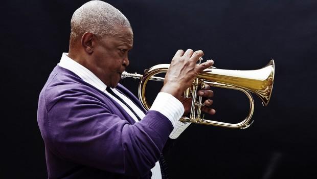 Afrykański trębacz jazzowy i przeciwnik apartheidu zagra w Warszawie
