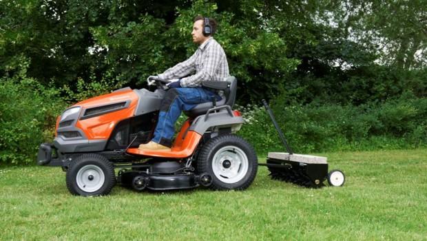 Letni przegad traktorkow do koszenia