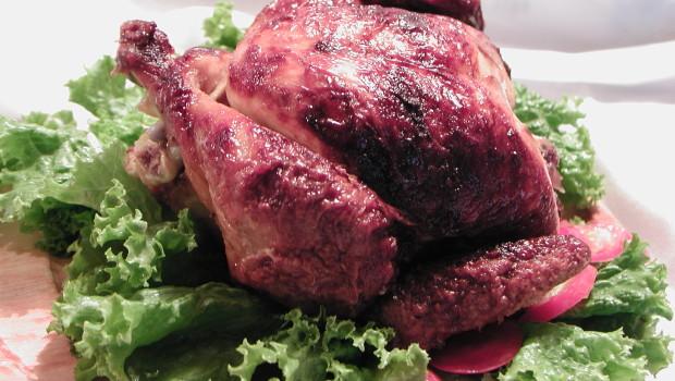 Soczysty kurczak z chrupiącą skórką i aromatyczny rosół