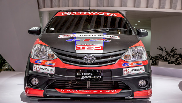 Toyota na Indonesia International Auto Show 2015