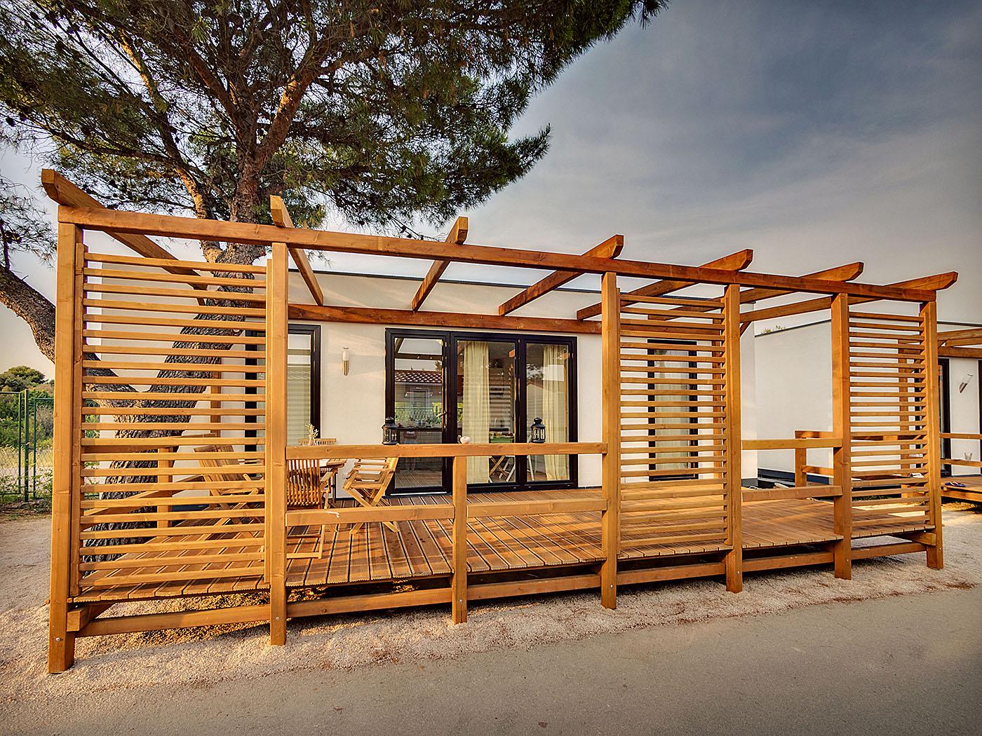 LS Tech-Homes zbuduje ekologiczne domki w Chorwacji. Nowy kontrakt firmy o wartości prawie 12 mln zł
