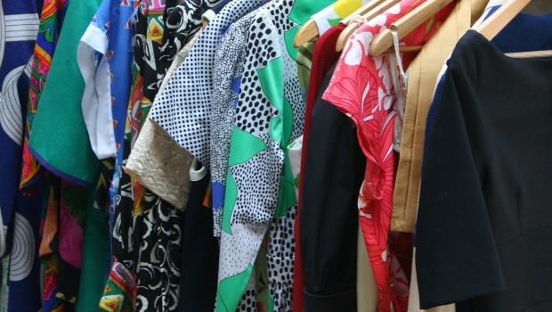 7 sposobów na to, jak odświeżyć garderobę na sezon wiosna-lato i nie przepłacić