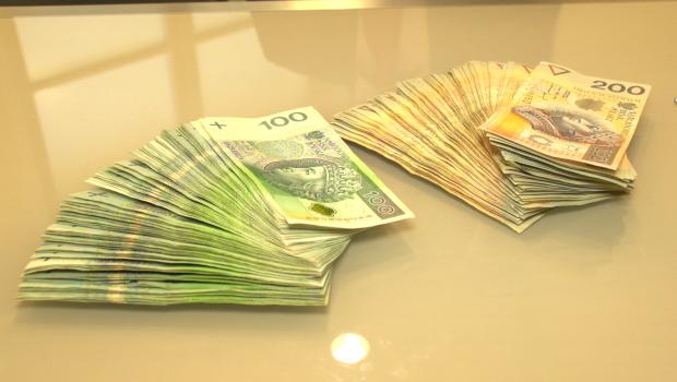 Co 10 starsza osoba była ofiarą próby wyłudzenia pieniędzy