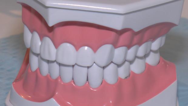 Czym kierować się przy wyborze pasty do zębów?