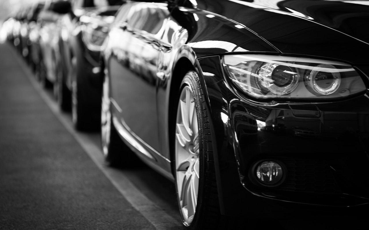 Jak dobrze zaprezentować auto sprzedawane online
