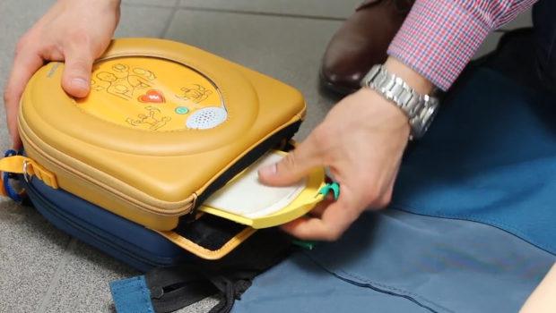 Użycie defibrylatora może uratować życie