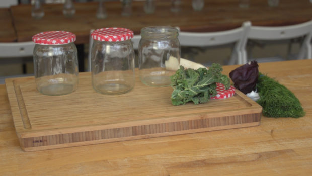 Kiszonki wracają na stoły – ukisić możemy nawet owady