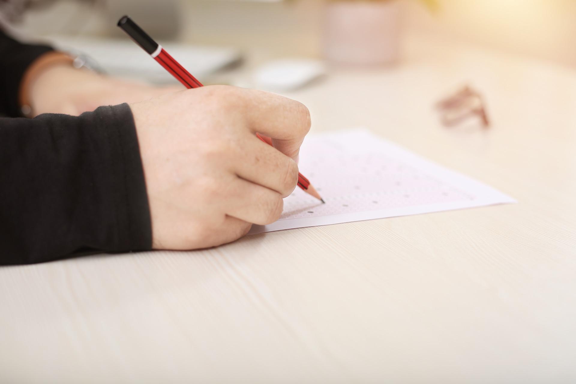 Pierwszy egzamin ósmoklasisty. Jak się przygotować?