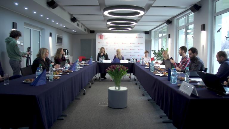 Pani domu czy bizneswoman? Jak polskie studentki widzą swoją przyszłość