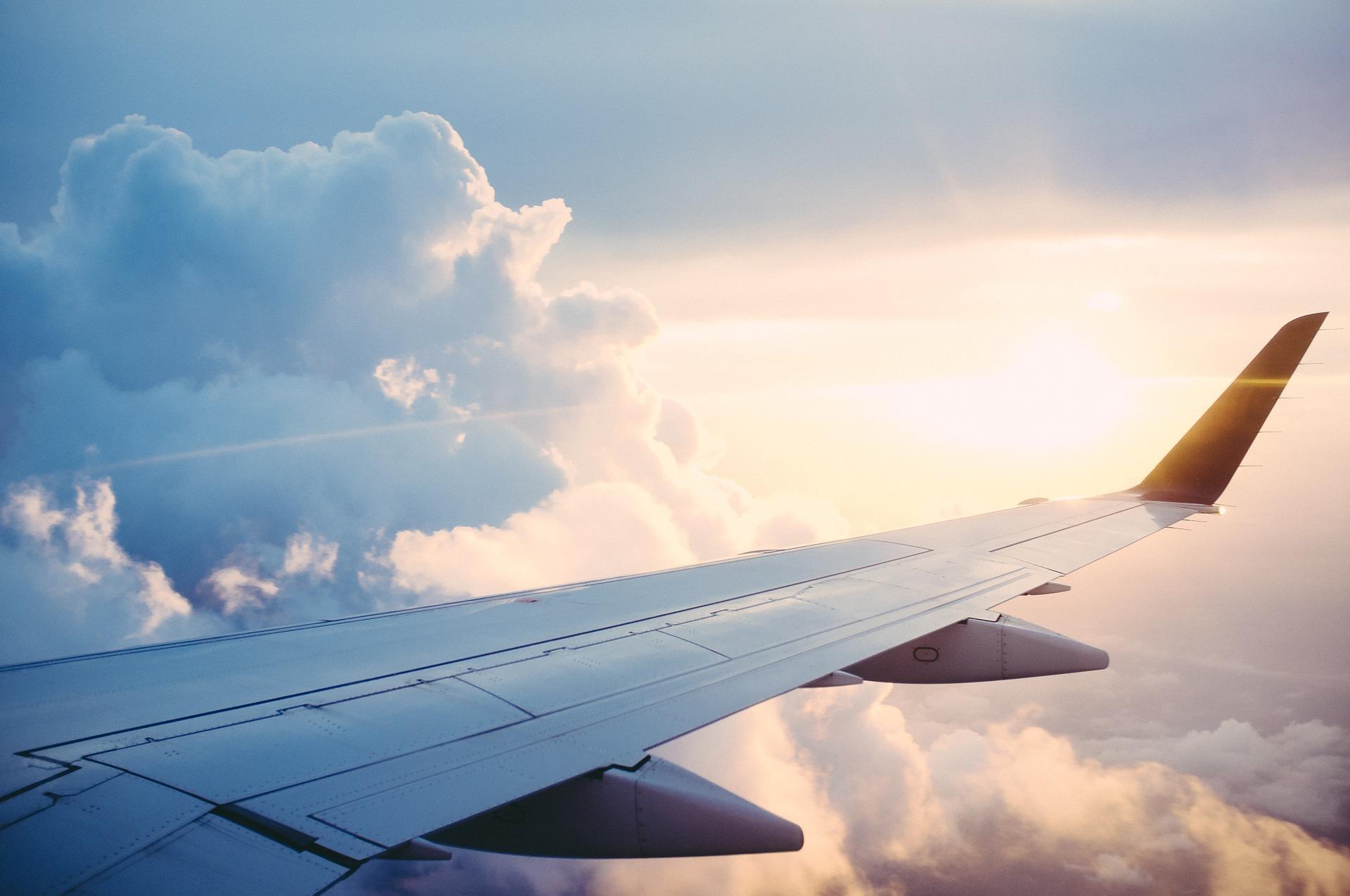 Planujesz podróż samolotem?- poznaj swoje prawa!