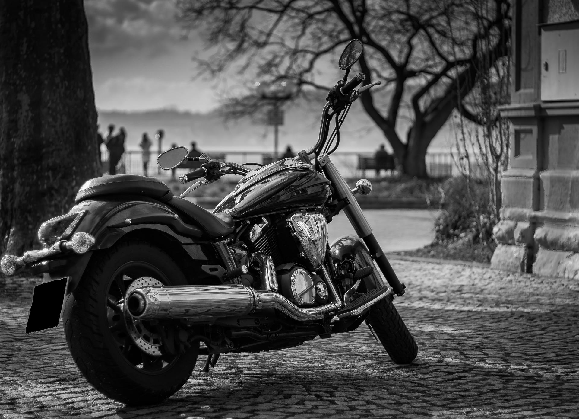 Rusza sezon na motocykle. Do łask wracają mocniejsze maszyny