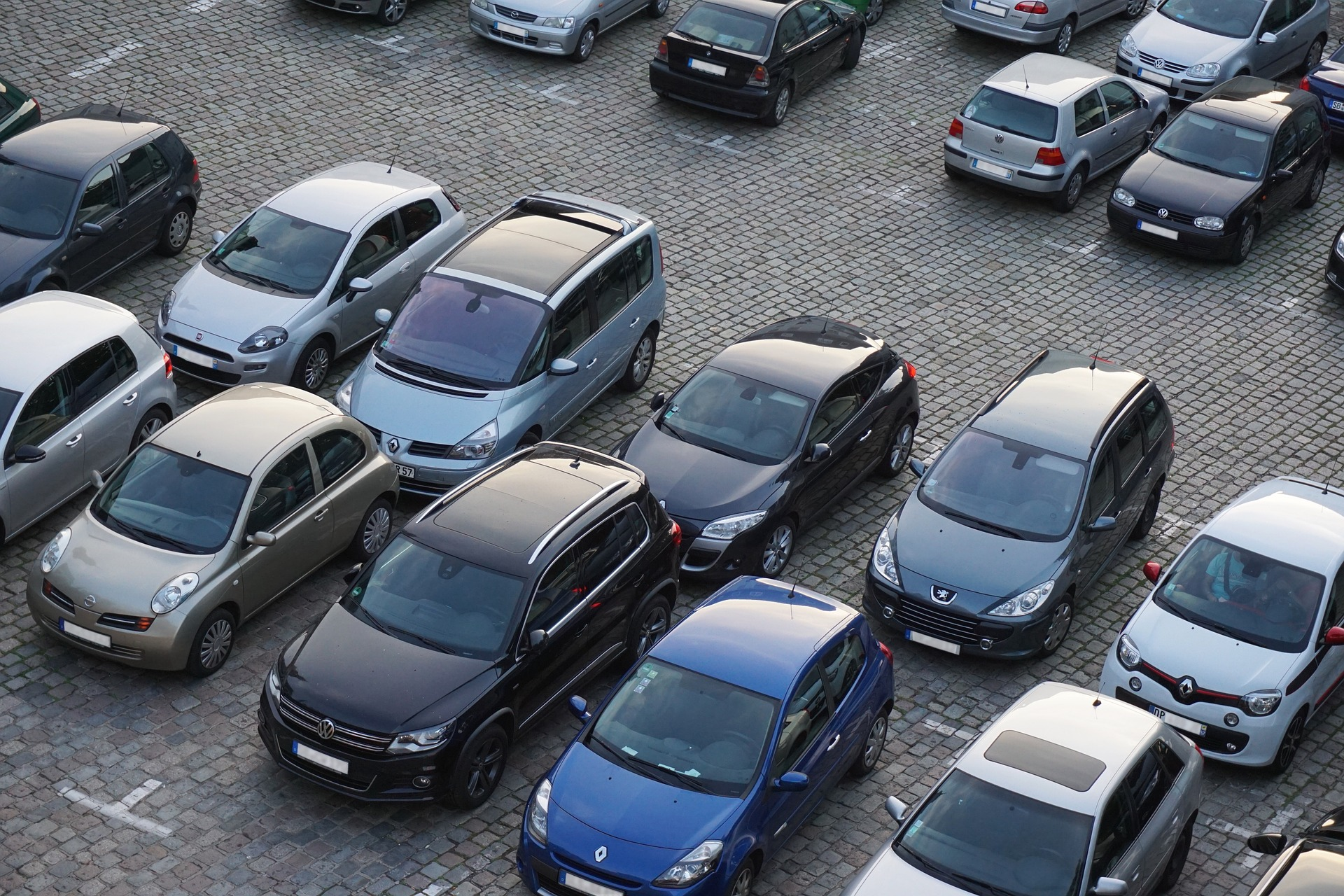 3/4 nowych samochodów osobowych i dostawczych kupują firmy
