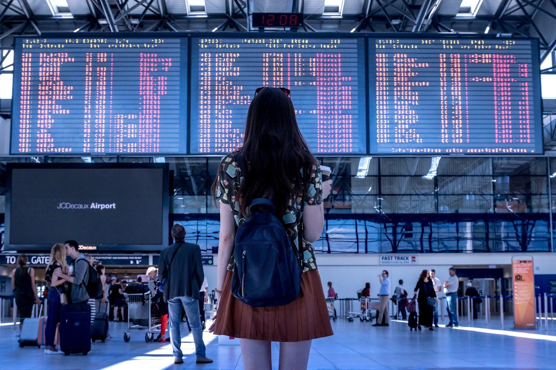 Kiedy najlepiej rezerwować wakacyjne loty?
