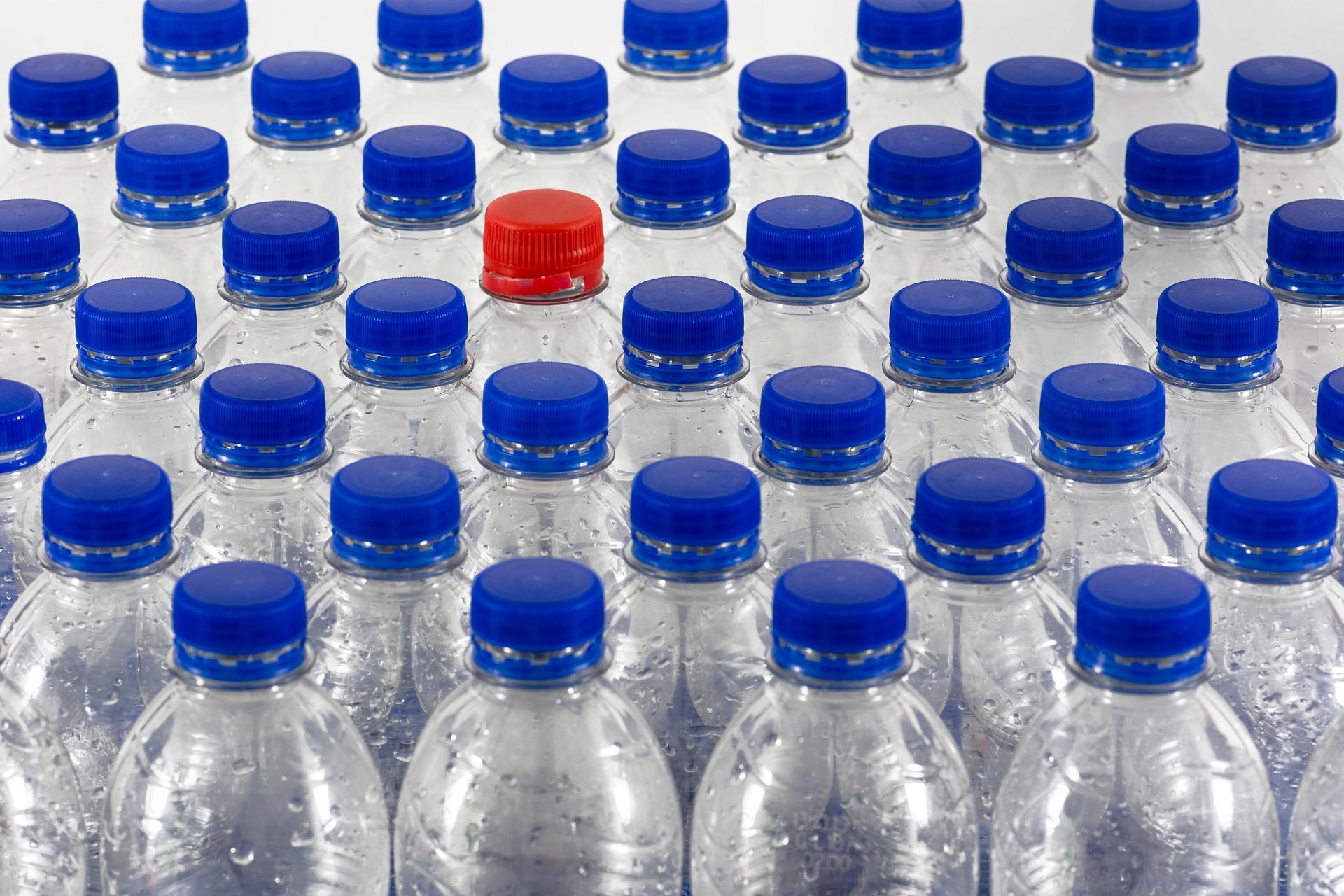 Kaucja za butelki jeszcze w tym roku