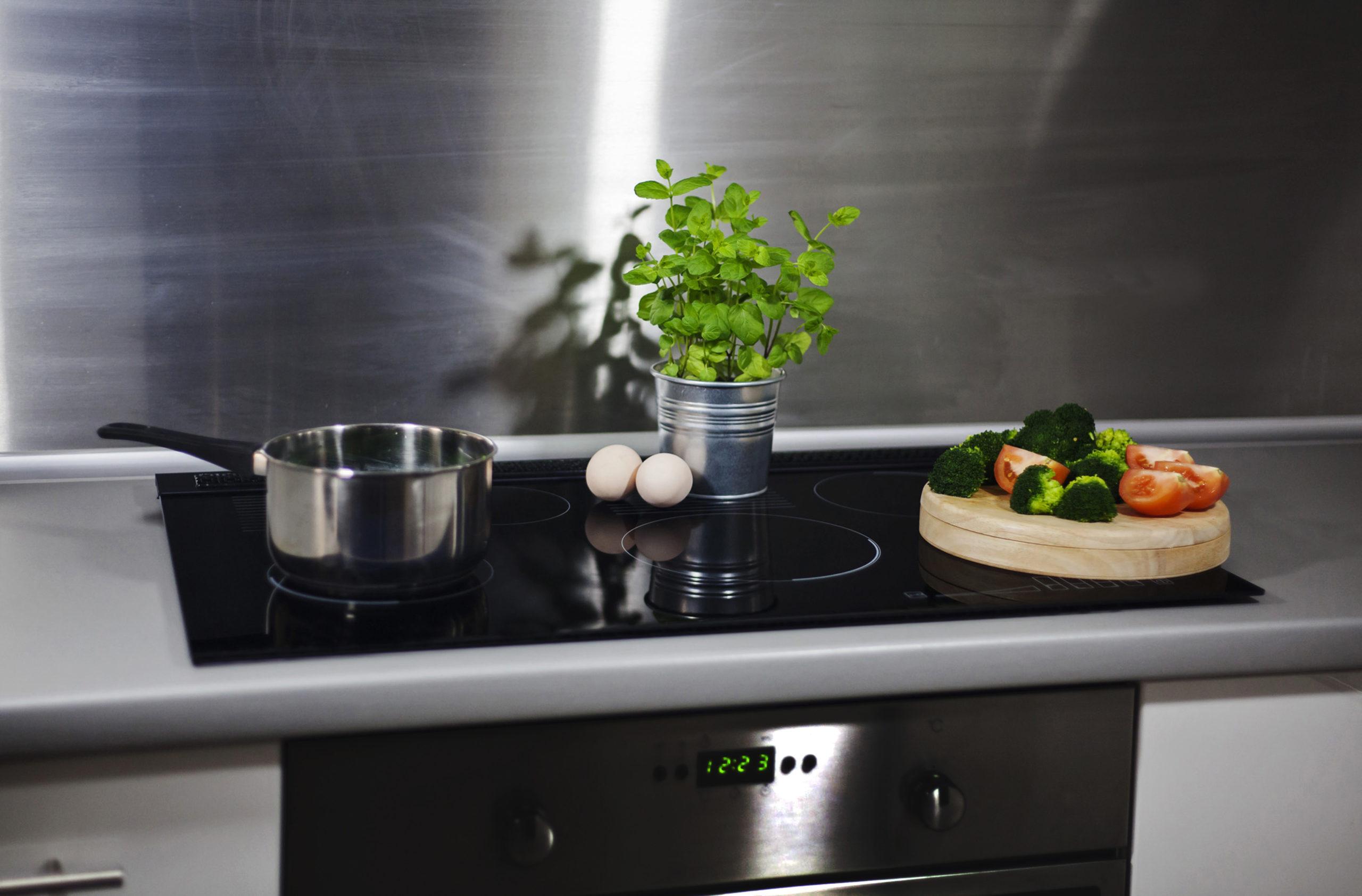 Jak zaoszczędzić przez gotowanie?