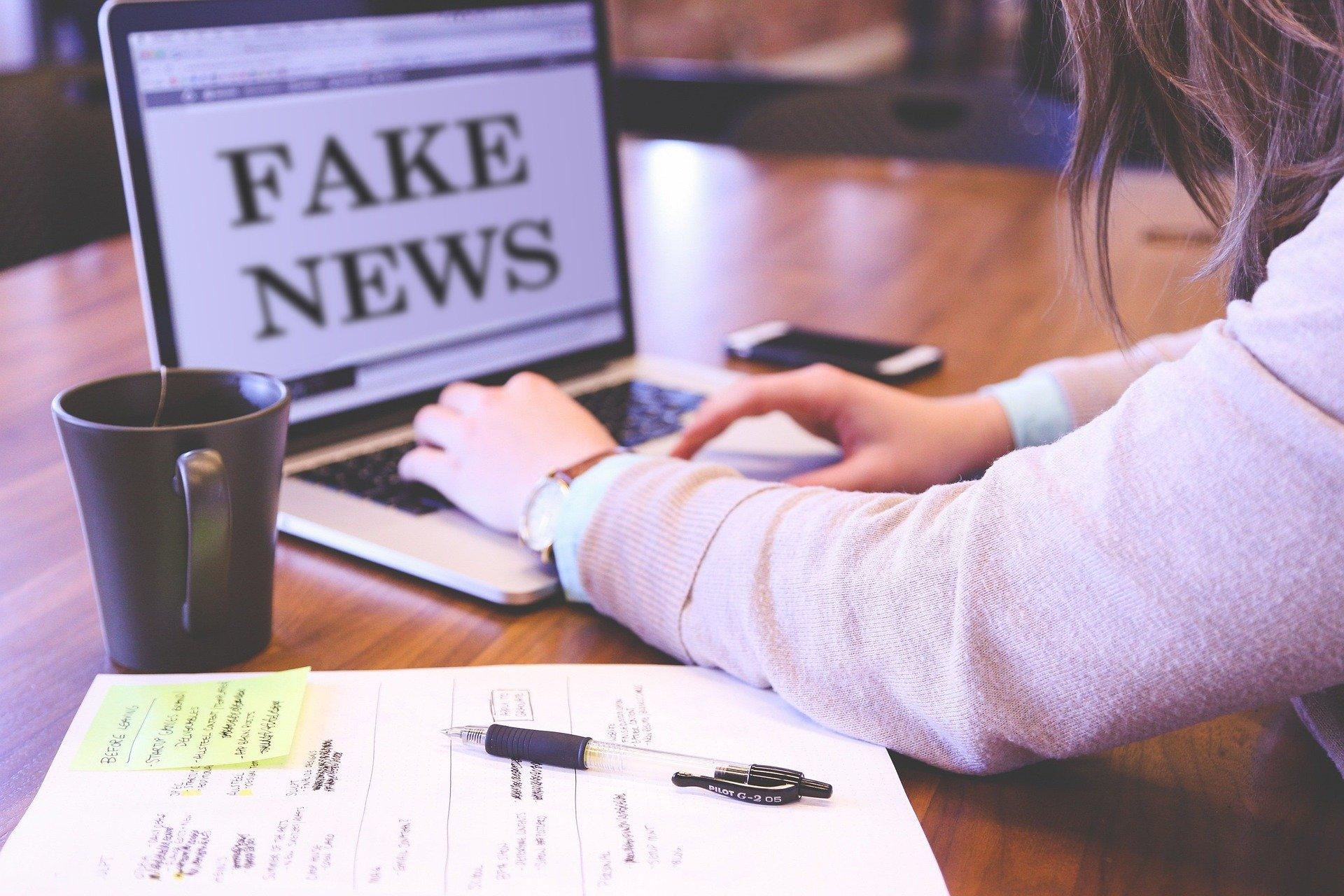 Fake newsy, czyli uwaga na epidemię fałszywych informacji