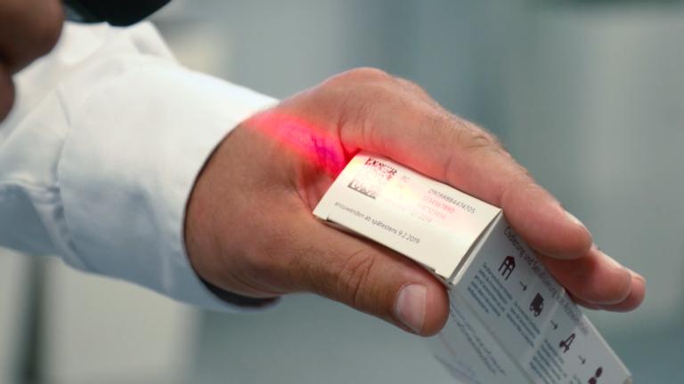 Fałszowanie leków – kto, gdzie i jak?