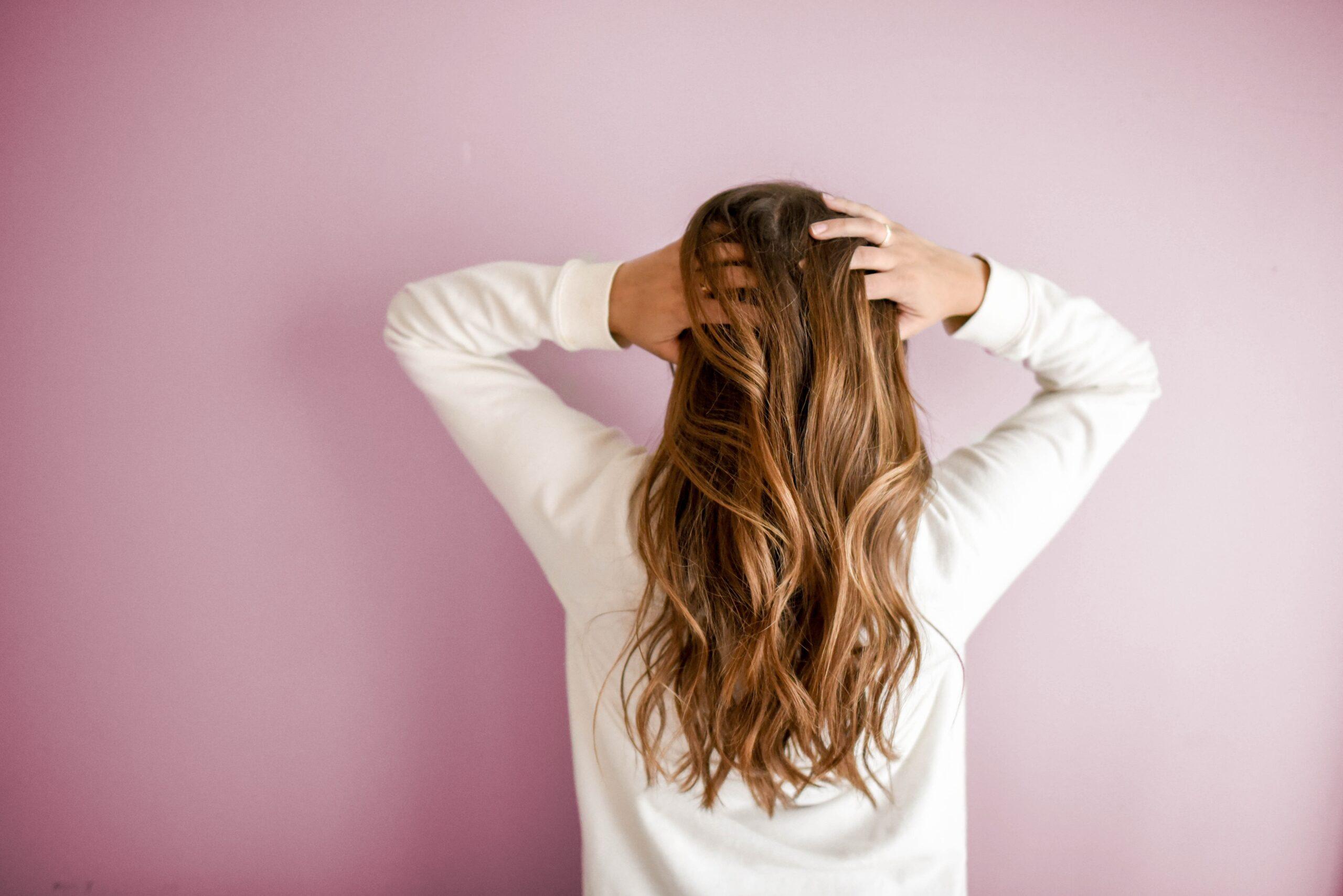 Kiedy porowatość włosów może stać się problemem