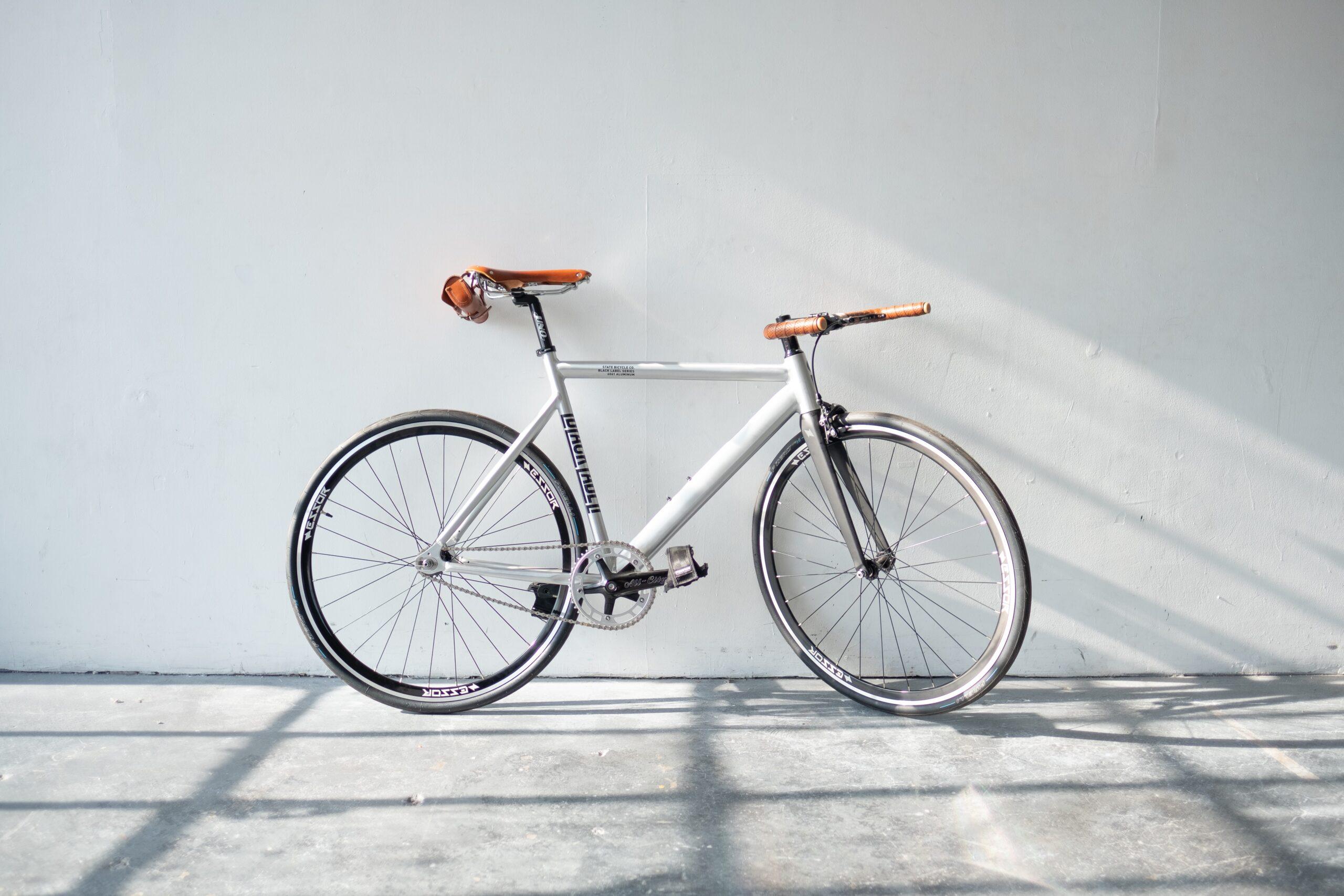 Czy rower faktycznie jest odpowiedzią na nadmierną emisję CO2? Miejski lifestyle powinien obejmować coś więcej niż transport