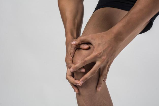 Ortopeda radzi: co zrobić, aby nie operować kolan