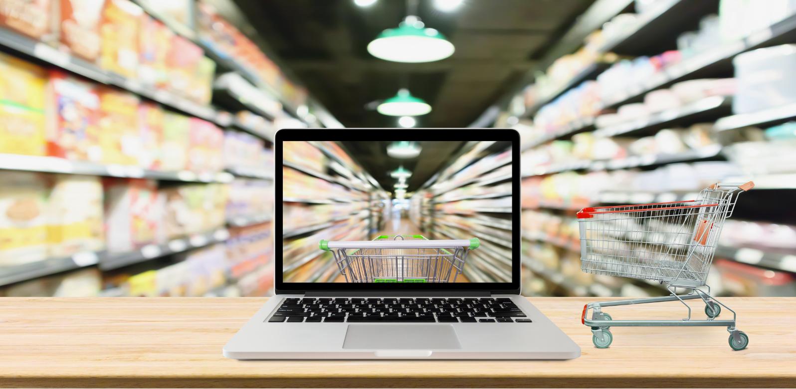 E-commerce napędza rozwój transakcji bezgotówkowych Polacy będą coraz bardziej zbliżeniowi i mobilni