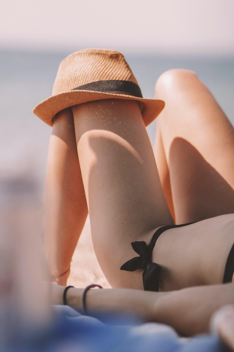 SOS dla skóry latem – Podrażnienia skórne? Oparzenia słoneczne? Jak skutecznie regenerować skórę doświadczoną letnimi ekscesami