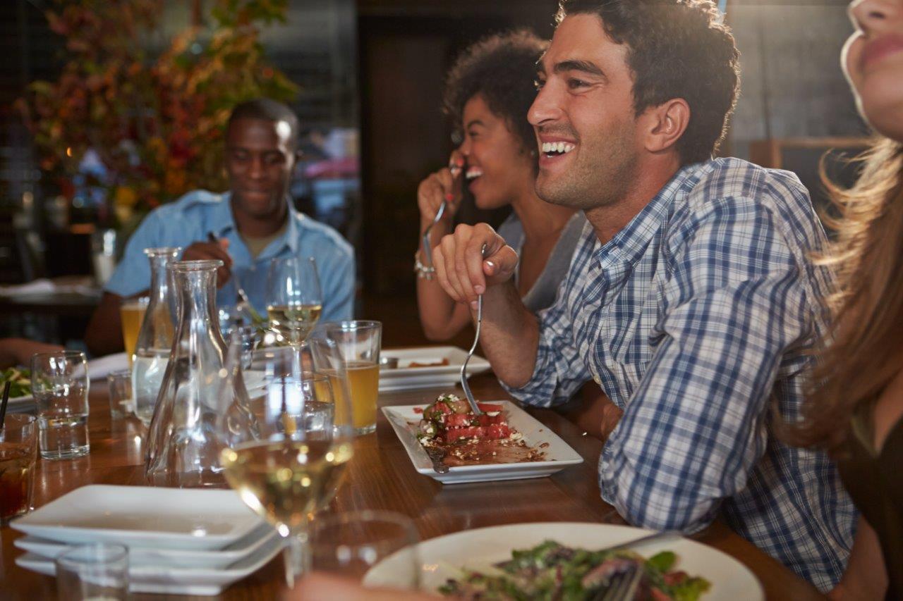 Customer experience – jak restauracja może zadbać o klienta podczas dostawy jedzenia?