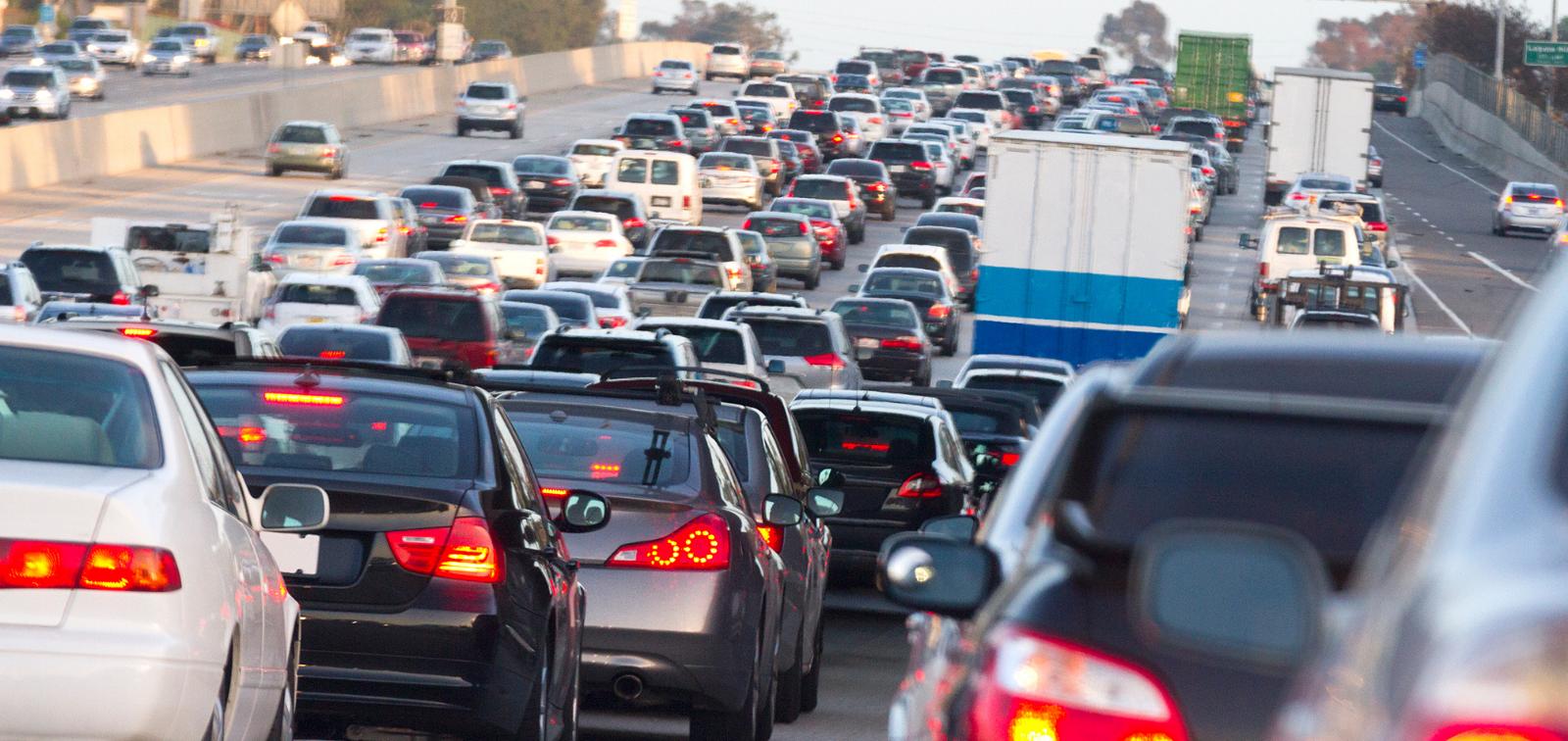 Milion darmowych przejazdów od TIER, by Pokonać Korki na Dobre w Dzień Bez Samochodu