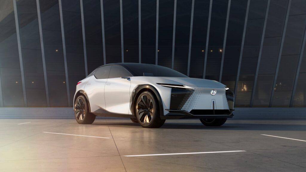 Takie będą elektryczne Lexusy. Liczą się osiągi i przyjemność z jazdy