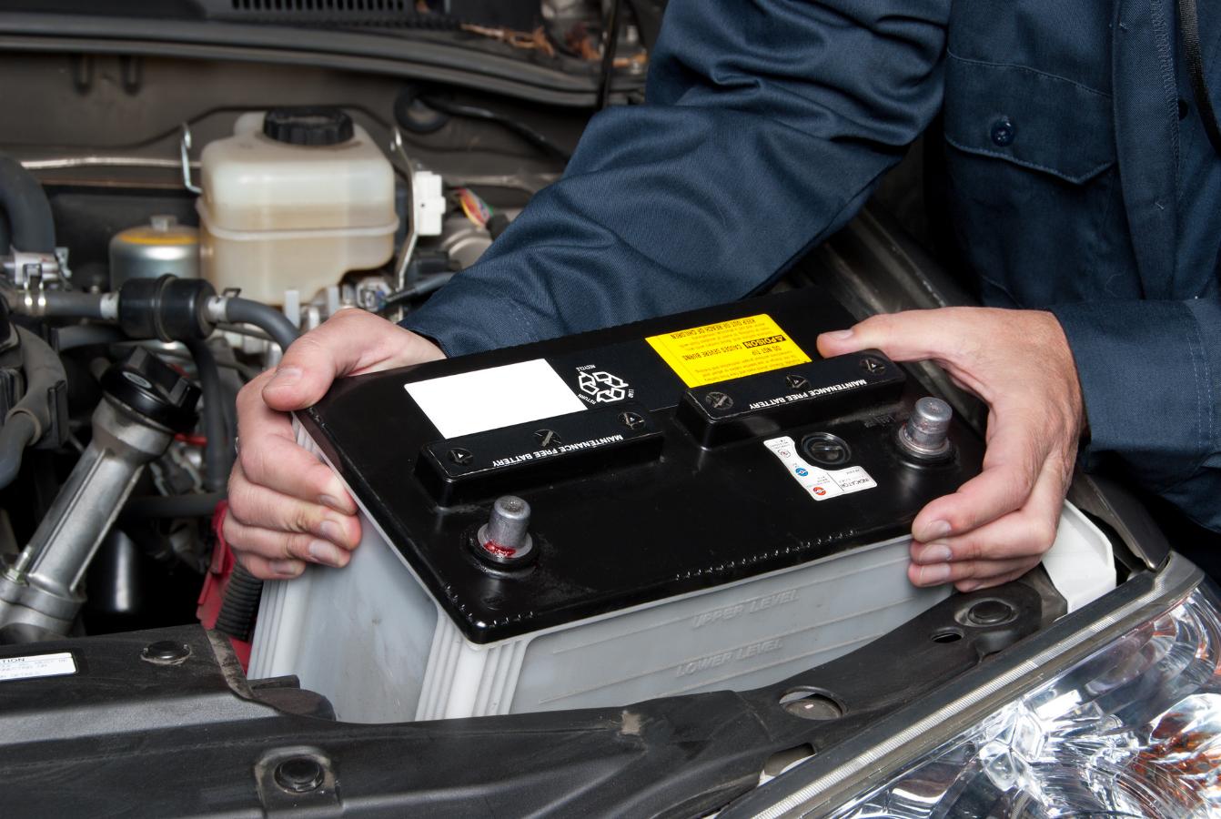 Drugie życie czy recykling? BattMAN ratuje baterie samochodowe przed zbyt krótkim życiem!