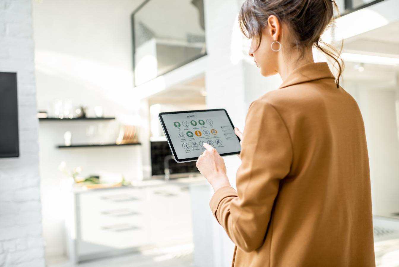 Eiffage wprowadza inteligentne mieszkania przyszłości, które pozwolą obniżyć rachunki i zadbać o ekologię