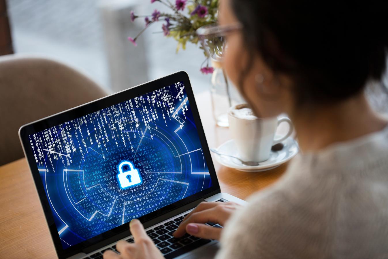 Europejski Miesiąc Cyberbezpieczeństwa: 5 najlepszych praktyk dotyczących oprogramowania ransomware